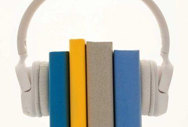 Canva - White Wireless Headphones 2
