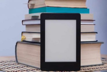 books and ereader cropped